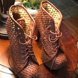 Jeffery Campbell Urban Outfitters Heeled Boots sz7